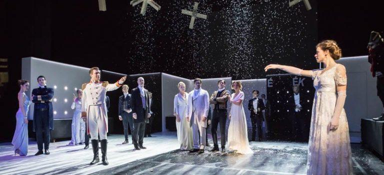 Háború és béke a Vígszínházban
